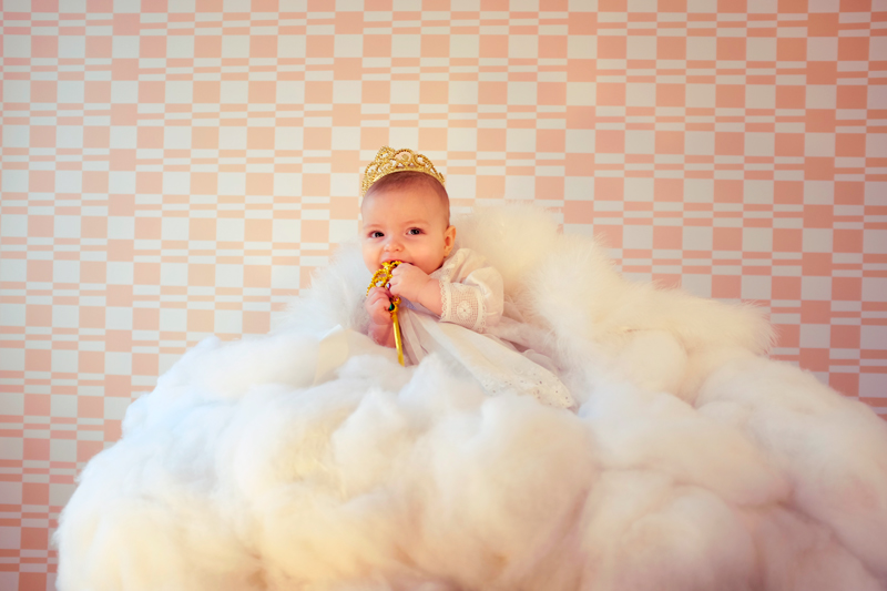 DIY baby photography: Up in the clouds – on carriecanblog.com